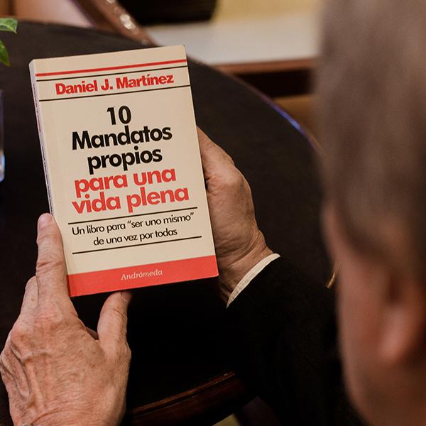 danielmartinez-libros-10mandatospropiosparaunavidaplena