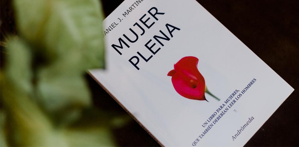 libro-daniel-martinez-mujer-plena